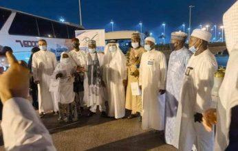 السعودية تستقبل أول أفواج معتمري الخارج