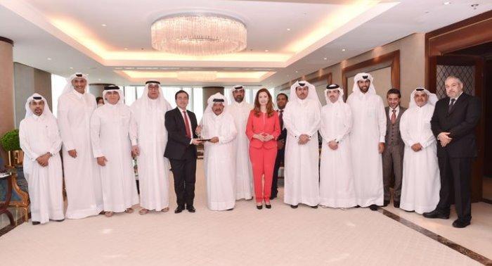 قطر وإسبانيا تبحثان سبل التعاون التجاري والاستثماري بين البلدين