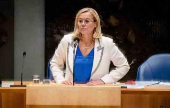 وزيرة الدفاع الهولندية تستقيل على خلفية فوضى عمليات الإجلاء من أفغانستان