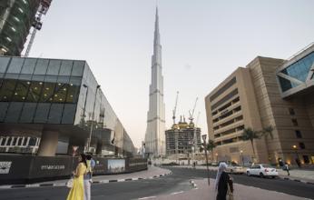 احتفالا باليوم الوطني للمملكة.. برج خليفة يتزيّن بعلم السعودية