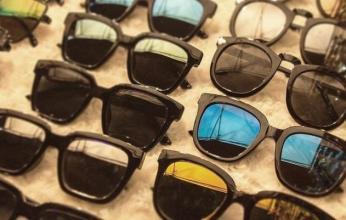 أحذر.. النظارات المقلدة تهدد العين بكثير من المخاطر