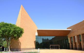 أكثر من أربع آلاف قطعة أثرية وتراثية تزين قاعات المتحف الوطني بالرياض