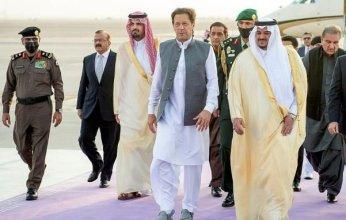 وصول رئيس وزراء باكستان الرياض للمشاركة في قمة مبادرة الشرق الأوسط الأخضر